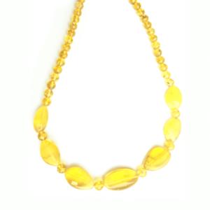 Лимонные бусы из янтаря
