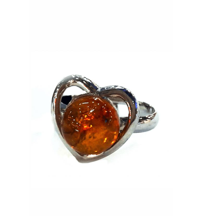 Кольцо с натуральным янтарем коньячное