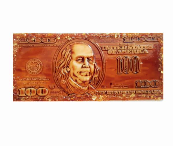 """Магнит с янтарем """"100 долларов"""""""