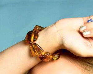 винтажный браслет из янтаря