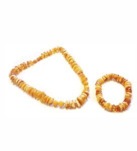Винтажный комплект из янтаря бусы и браслет