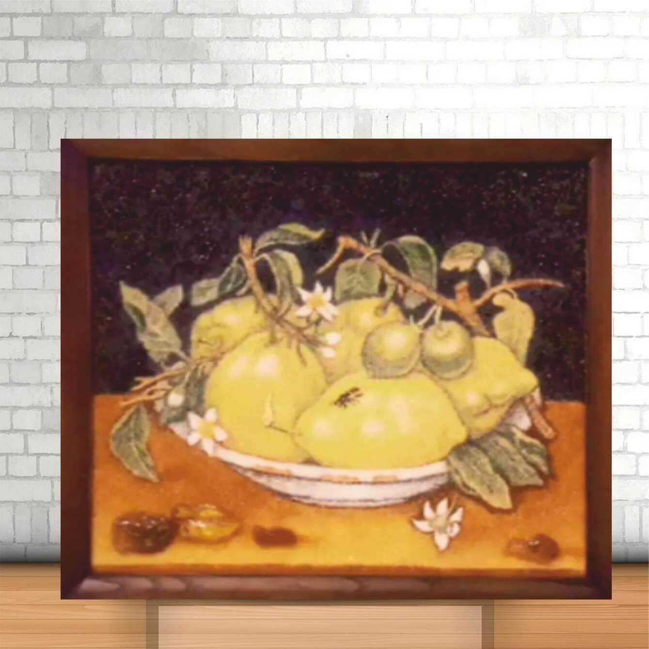 Янтарный цитрусовый плод в стране солнечной растёт
