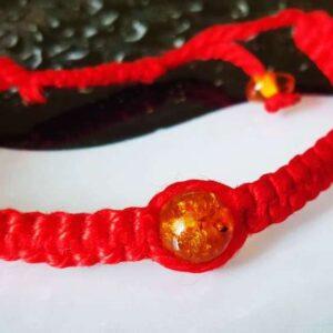 Шамбала с янтарем красный