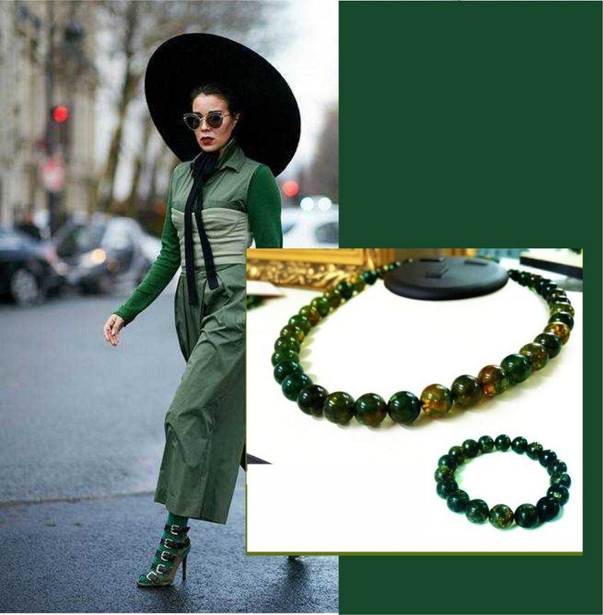 Бусы и браслет из зеленого янтаря